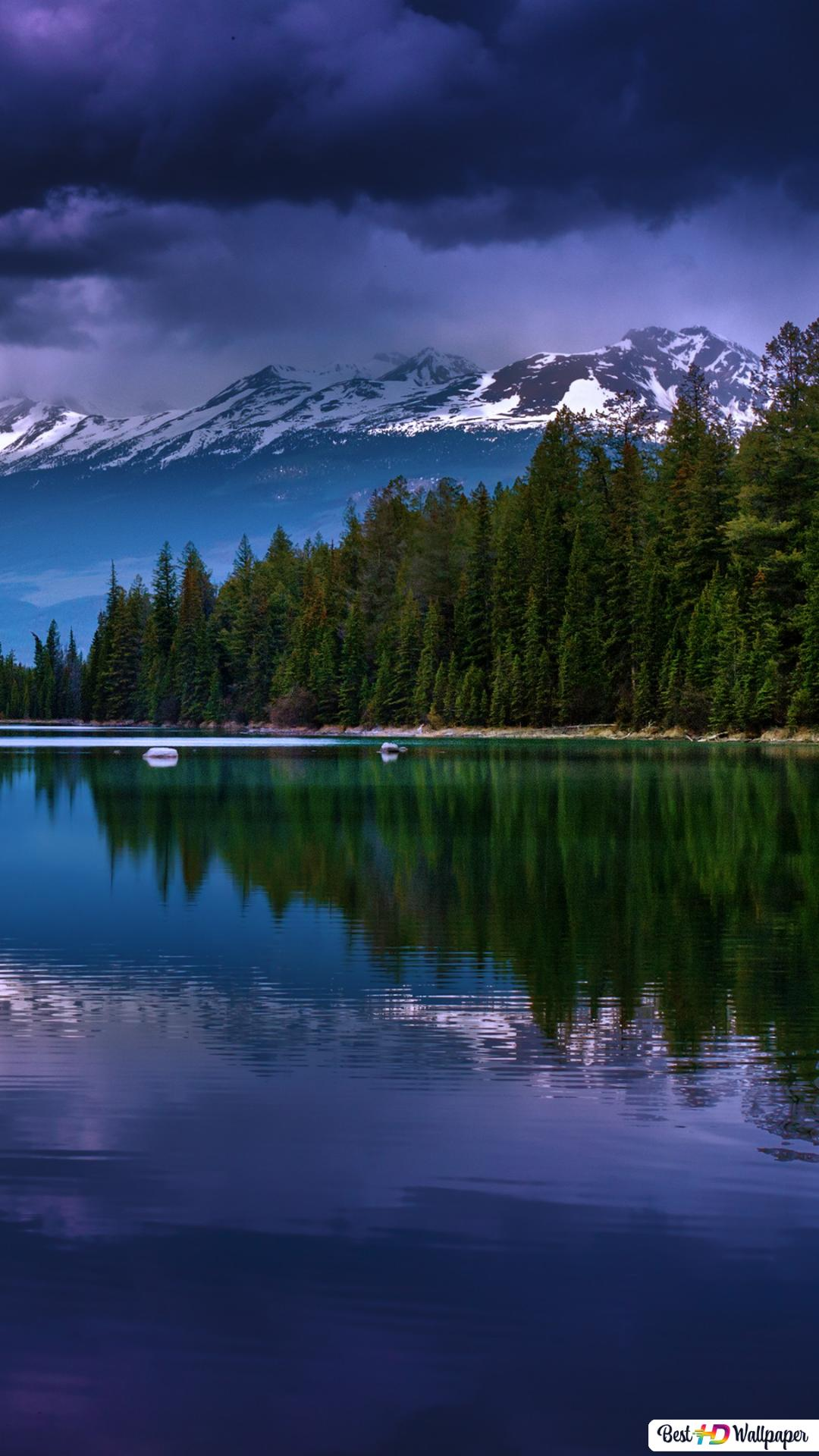 Beautiful Weather In The Mountains Hd Wallpaper Download