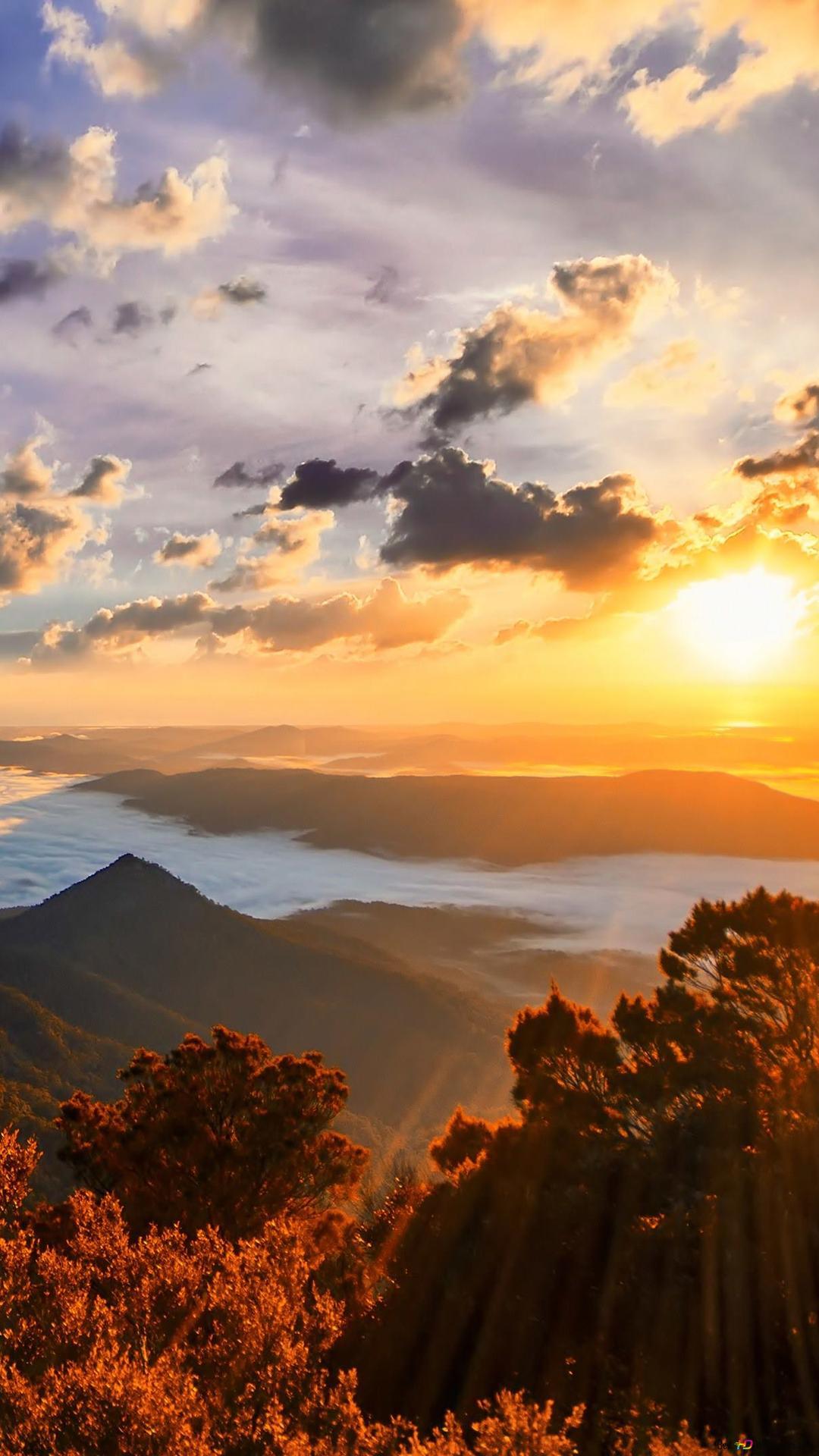Bellissimo Sfondo Di Montagna Download Di Sfondi Hd
