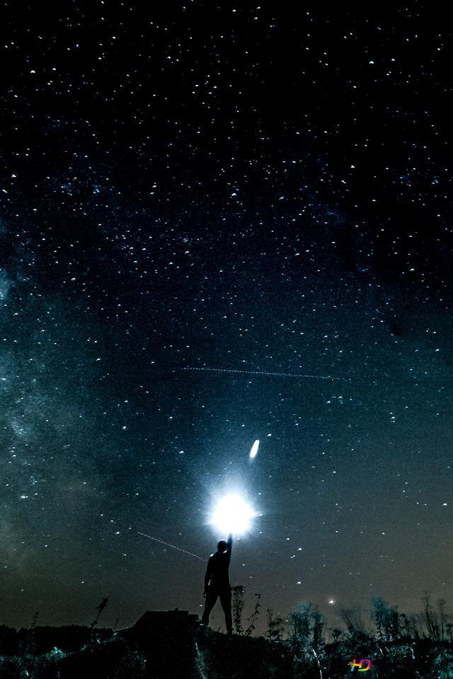 Cielo Stellato E La Luce Vivida Download Di Sfondi Hd