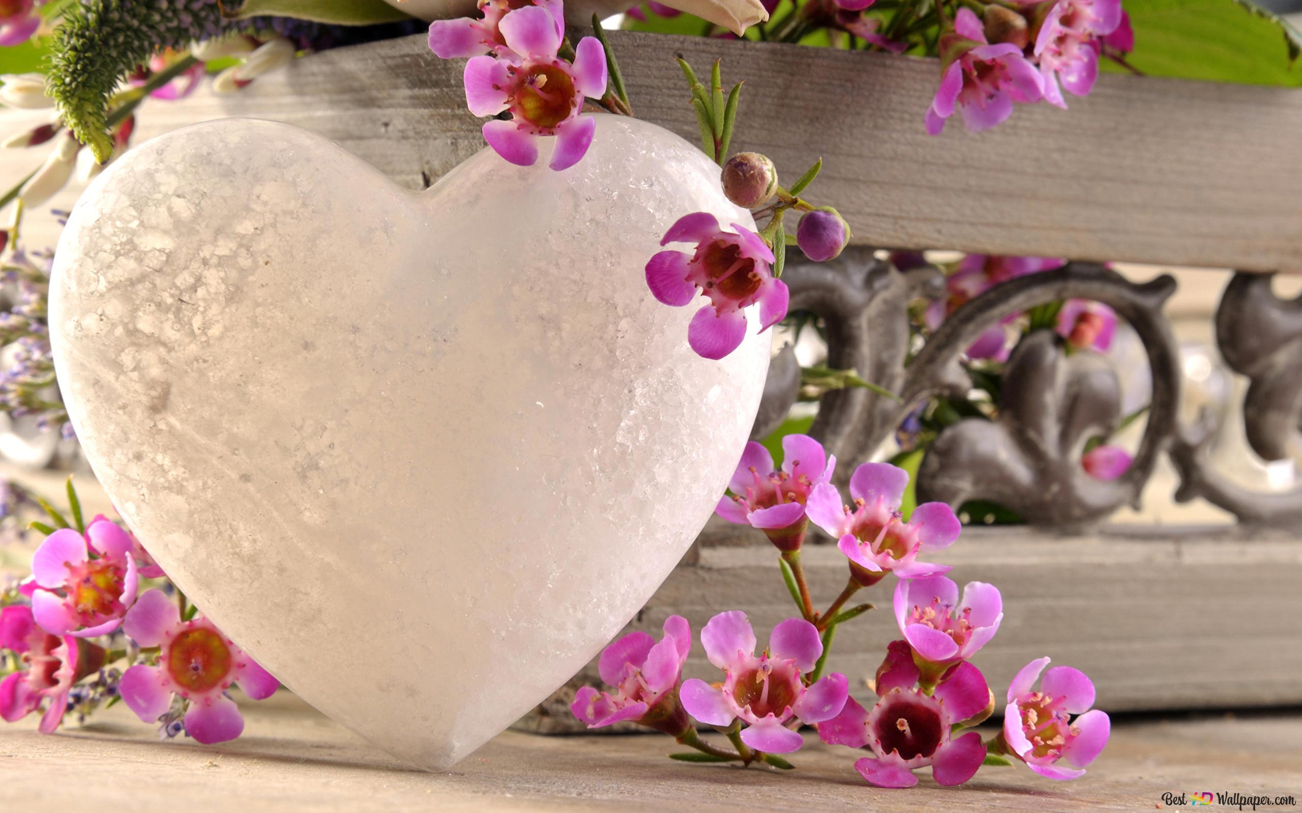 Fiori Con La S.La Decorazione Del Cuore Con Fiori Rosa San Valentino Download