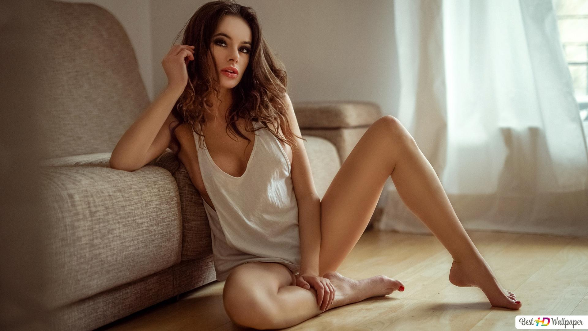Sexy Girl Sitting On The Floor Hd Wallpaper Download