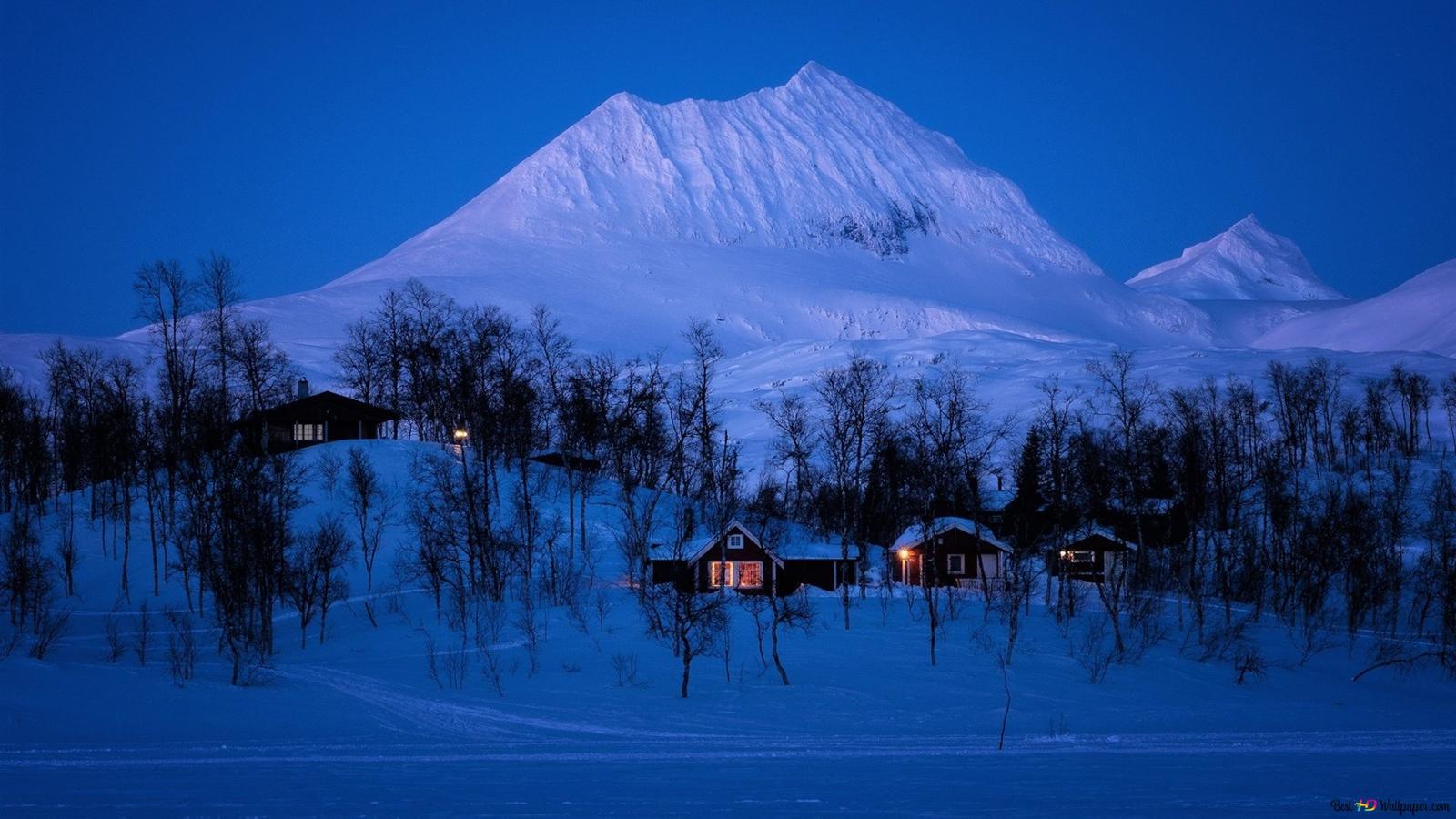 Villaggio Di Inverno In Montagna Download Di Sfondi Hd